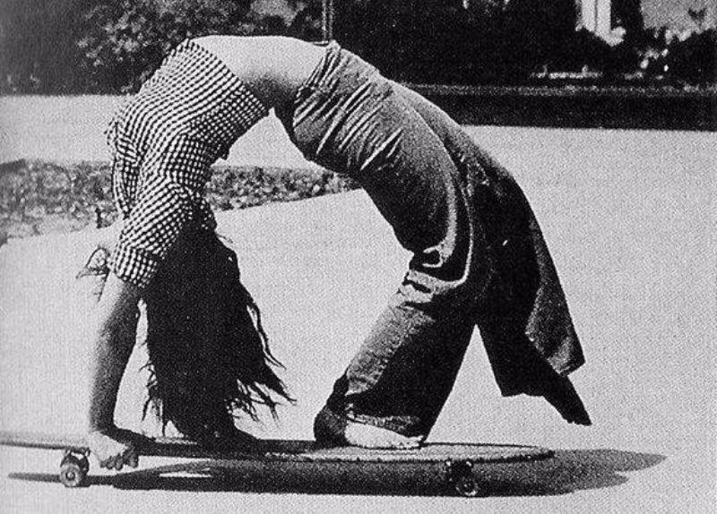 skater-girls-1970s-16